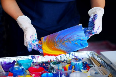 Acrylic Pour Art Workshop @ Wheeler's Estate